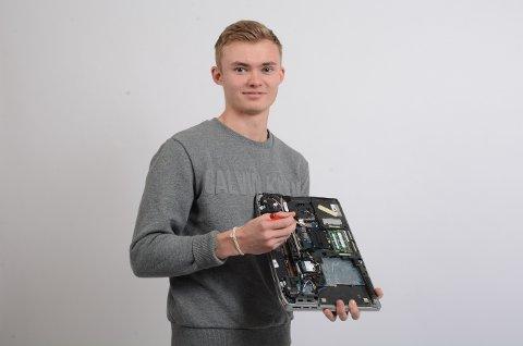 Hans Fredrik Zimmer studerer ein spennande master som vil gi han mange jobbmoglegheiter i framtida. Gjennom masteren tar han ein bachelor som dataingeniør.