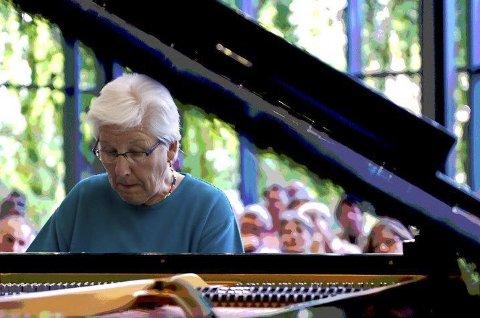 Improvisasjon: Pianisten Irene Schweizer kommer sammen med trommisen Pierre Favre.