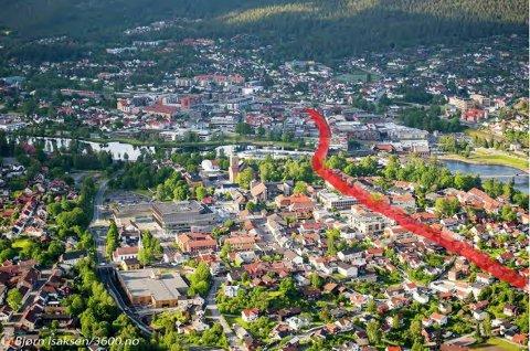 Morten Hotvedt mener at Kongsberg bør rette fokus mot ei gate, han foreslår navnet Teknologigata, og legge mest mulig av gatehandelen langs denne strekningen.