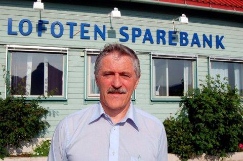 Lofoten Sparebank og andre banker i Eika-gruppen over hele landet sliter med sine IT-systemer fredag. Banksjef Werner Martinsen i Lofoten Sparebank