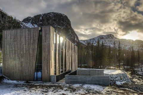 Nominert: Øvre Forsland kraftstasjon på Helgeland er tegnet av Stein Hamre Arkitekter, og er nominert til årets nordnorske arkitekturpris 2015, som deles ut 29. oktober i Tromsø.Foto: Bjørn Leirvik