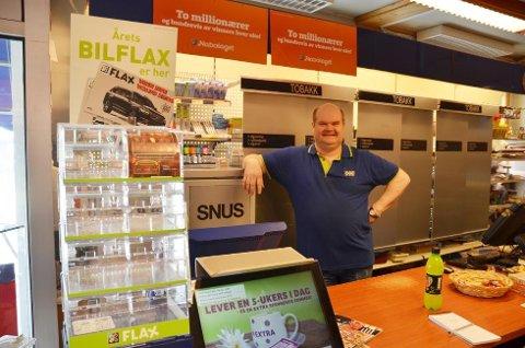 Karl-Arnfinn Fredheim  ved Ola-kiosken