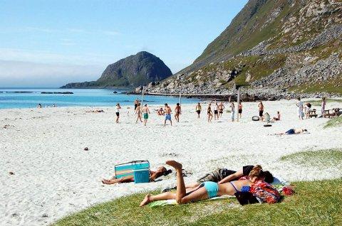 Sommeren kan komme til helgen. Her fra en tidligere sommerdag på Haukland.