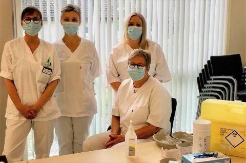 Vaksinasjonsteamet i Moskenes: Lill Nilsen, Urszula Eriksen, Malin Rydquist og Grethe Fredriksen.