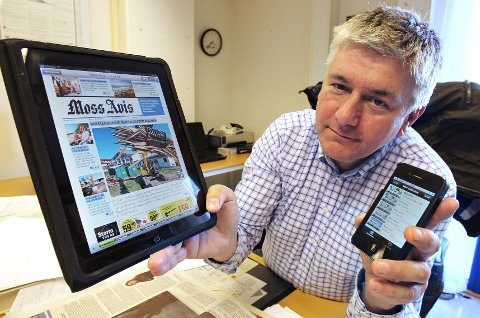 ETTERSPURT: Ansvarlig redaktør Pål Enghaug registrerer at små og store nyheter fra Moss Avis daglig leses av 44.000 mennesker.