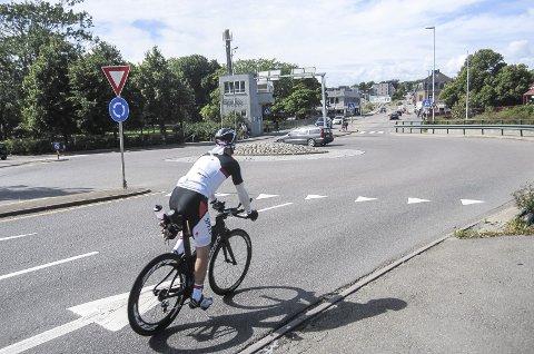 SYKKELFELt: Neste uke skal bystyret behandle sykkeplanen med forslag om et eget sykkelfelt over Kanalbrua. Forslaget er svært omstridt. foto: mette eriksen