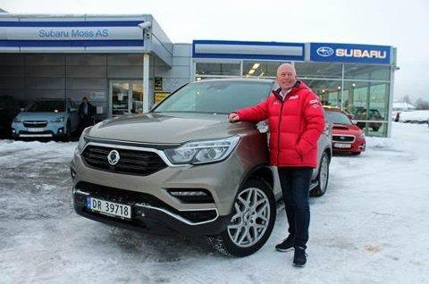 Kjører på : Harald Hegstad har stor tro på et godt salg av SsangYong.