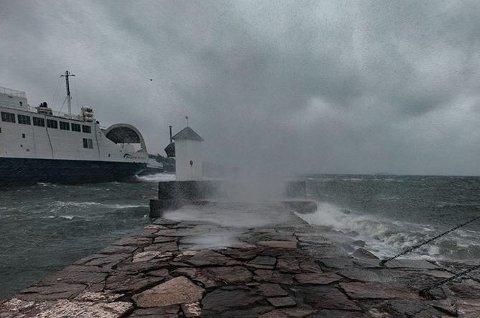 Dette bildet er tatt på Sjøbadet forrige søndag, men også kommende søndag vil bli preget av regn og vind.