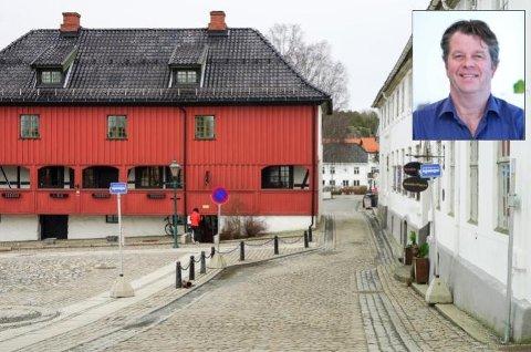 BILFRITT? – Jeg er ikke alene om å ønske å begrense trafikken gjennom Son sentrum, sier Bjørn Tore Stig, som foreslår et bomregulert Son sentrum.