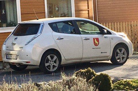 DESINFISERES: Kommuneoverlegen har nå gitt pålegg om at kontaktpunkter som ratt og dørhåndtak i bilene til hjemmetjenesten i Moss kommune skal desinfiseres, for å hindre koronasmitte.