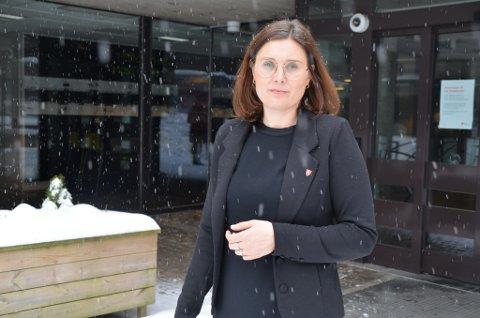 VAKSINERING: Direktør for oppvekst og utdanning i Moss kommune, Silje Hobbel, skulle gjerne hatt flere doser, men utfra det de får sier hun at fremgangen er god.
