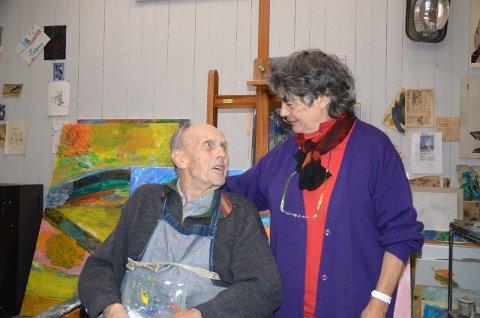 94 ÅR: Carl Nesjar ble 94 år gammel. Her sammen med sin kone Sylvia Antoniou Nesjar i atelieret på Bøler i 2012. Foto: Nina Schyberg Olsen