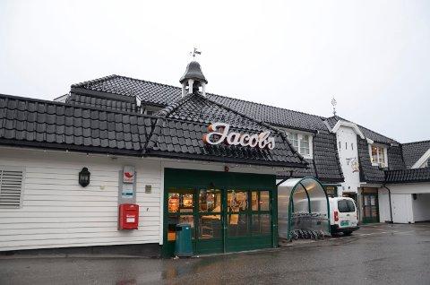 RANET: En tenåring ble i helgen ranet på Holtet, ved matvarehuset Jacob's. Arkivfoto