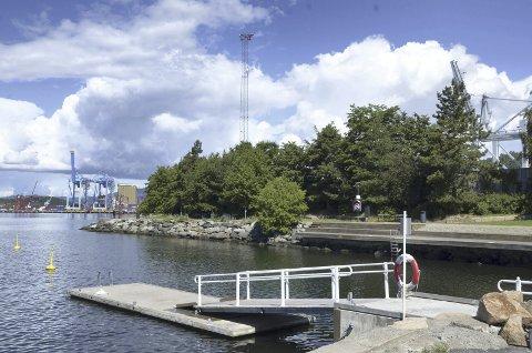 BEKKELAGSBADET: Nå har badeplassen og grøntområdet ved Ormsund fått et navn - Bekkelagsbadet. Arkivfoto: Nina S. Olsen