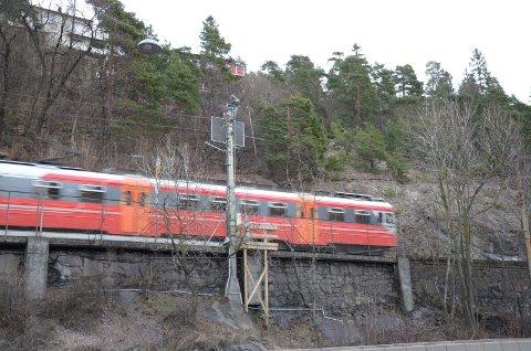 RANET: To 17-åringer ble sist lørdag ranet på toget mellom Oslo og Ski. (Arkivfoto)