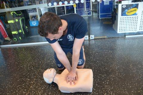 HJERTE-LUNGE-REDNING: Kan være med på å redde liv.