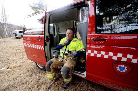 Ingen storbrann: Brann- og redningssjef Tom Are Nilstad i Sel brann- og redningsvesen priser seg lykkelig over at Sel har vært forskånet for storbranner i forbindelse med skogbrannfaren i sommer.