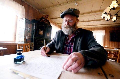 Eirik Haugen er opptatt av å ta vare på historia.