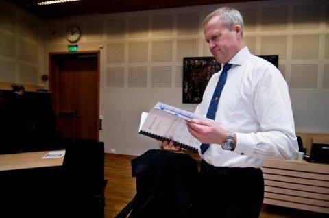 I RETTEN: Lars Fause, førstestatsadvokat i Troms og Finnmark, har tatt ut tiltalen mot tromsmannen. I november må han møte i rettssak i Nord-Troms tingrett.