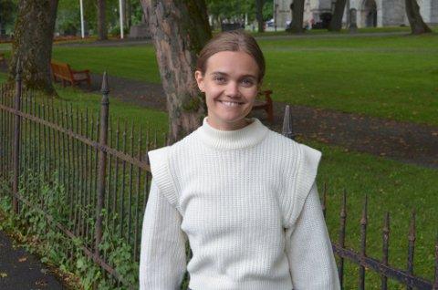 VARIERTE DAGER: Matilde Elinsdatter Bang (28) vet sjelden hvordan arbeidsdagen blir før hun møter opp på jobb.