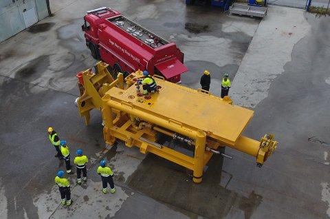 TESTES: Installasjonen «pig launcher»testes hos underleverandør Luster Mekaniske Industri AS.