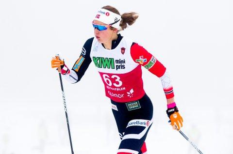 Ingvild Flugstad Østberg var den eneste som var i nærheten av å følge Therese Johaug på Beitostølen fredag.