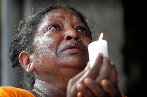 SORG: Over 300 er bekreftet døde etter en rekke terrorbombinger på Sri Lanka i påsken.