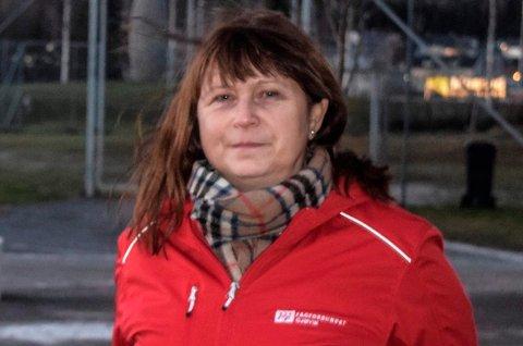 FEIL: Randi Aaslund, leder i Fagforbundet Gjøvik mener at Kjetil Weyde (Krf) burde fanget opp at det var for lite penger til driften av kantinene.