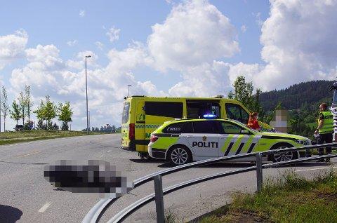 ULYKKE: En moped skal ha blitt påkjørt av en bil onsdag formiddag.