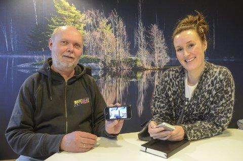 Enkel løsning: Du trenger ikke ha fint fotoutstyr for å delta. Gode mobilbilder går også bra, forsikrer Magnus Reneflot og Nina Frydenlund i juryen. Foto: Kari Kløvstad