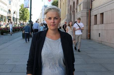 FARLIG SIGNAL:  Rådgiver Ingvild Endestad i LLH reagerer på formuleringen i dommen fra Follo tingrett. FOTO: Karoline Arnstøl Elgesem.