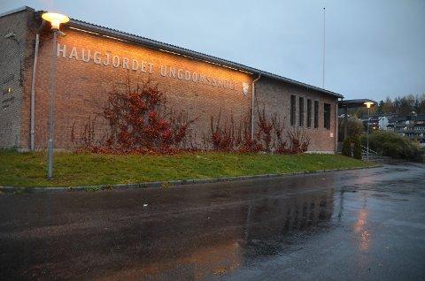 NYTT SMITTETILFELLE: Nok en gang er Haugjordet ungdomsskole rammet av koronasmitte.