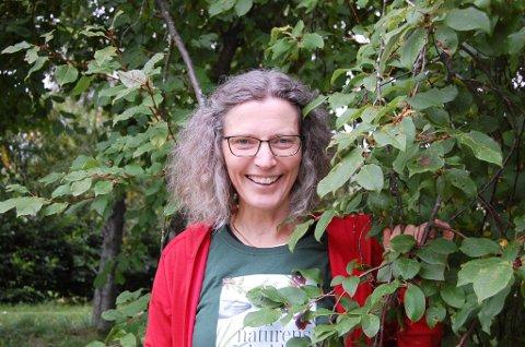 OVERRASKET: Anne Sverdrup-Thygeson har skrevet bøker om insekter og er nå aktuell med bok om menneskets samspill med naturen.. - Jeg er overveldet over mottakelsen både i Norge og store deler av verden, men det handler jo om noe veldig viktig for oss alle.
