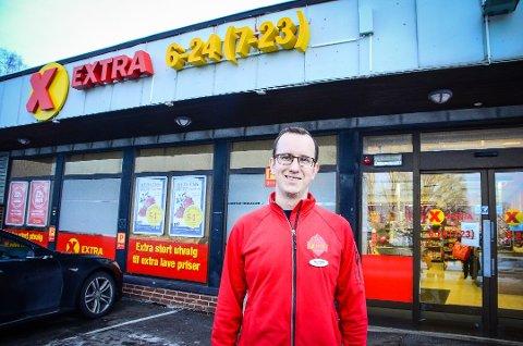 STOR VEKST: Butikksjef Lars Johne Underland overtok som butikksjef for Extra i Idrettsveien i 2015. I 2020 økte omsetningen med 15%.