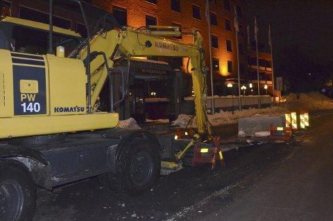 Mange mistet vannet: Vannlekkasjen utenfor Grand Hotell torsdag førte til store problemer i sentrum. Foto: Bjørn-Tore Sandbrekkene