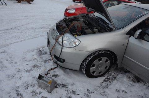 Batteriet tappes raskt ved korte kjøreturer, og billredningstjenestene har nok å gjøre om dagen