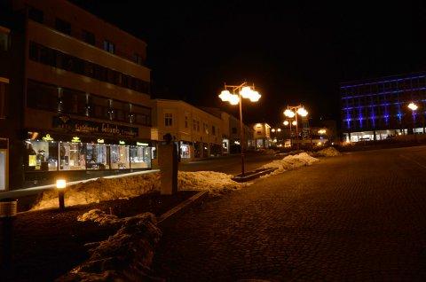God med lys rundt Torget i Larvik lørdag kveld