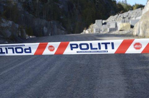 To alvorlige ulykke: En mann omkom under en ulykke i Lundhs brudd i Tveidalen i oktober i fjor. Nå har bedriften igjen opplevd en dramatisk situasjon. Arkivfoto: Bjørn-Tore Sandbrekkene