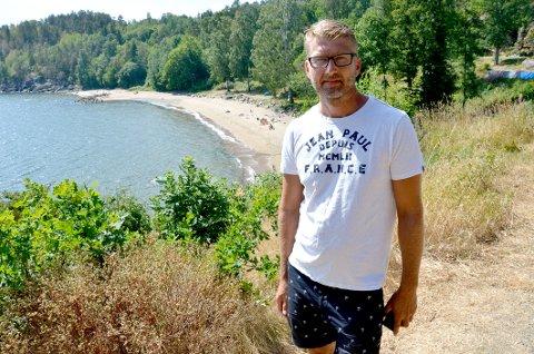 FESTIVALEN: Leder Steinar Ølberg i Rødberg Velforening er bekymret for særlig det som skjer på Rødbergstranda.