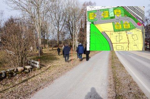 PLANER: Området i skogen til venstre skulle etter planen bli boligområde, men undersøkelser av området viser at det er kvikkleire i grunnen. NVE har dermed satt ned foten for prosjektet.