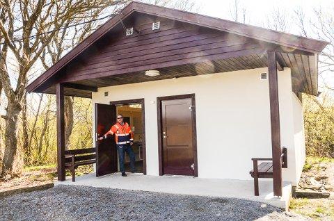 ÅPNER: Larvik kommune lover at toalettanlegget på Rakke vil bli åpnet i god tid før påske.