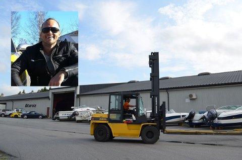 HAR VÆRT TRAVELT: Glenn Oscar Førland (innfelt) startet GT Motorservice, fikk seg lokaler på hegdal og har ekspandert. Nå må han kaste inn håndkleet.