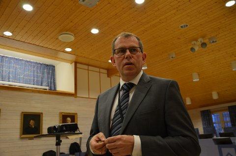 DRØYT: Statsadvokat Thorbjørn Klundseter leste opp tiltalepunktene.