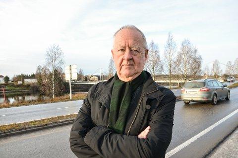 TABBE: Johan C. Løken påpekte allerede i 1970 at Glåmbrua var flomutsatt. - Statens vegvesen får sjøl betale for ny bru, sier Johan C. Løken (H)