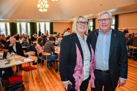 TIL MEKLING: Aud M. Riseng i Statens vegvesen og ordfører Erik Hanstad møtes til mekling om vegalternativene torsdag.