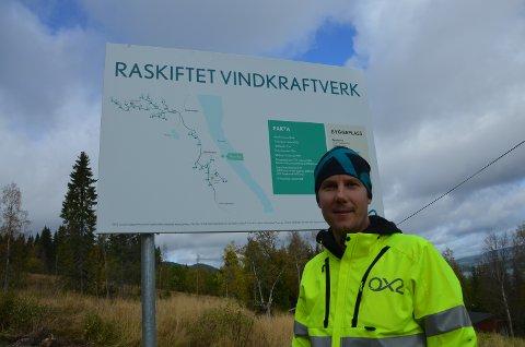 2018: Om to år monteres vindturbinene på Raskiftet. Johan Höök leder arbeidet for hovedentreprenøren OX2.