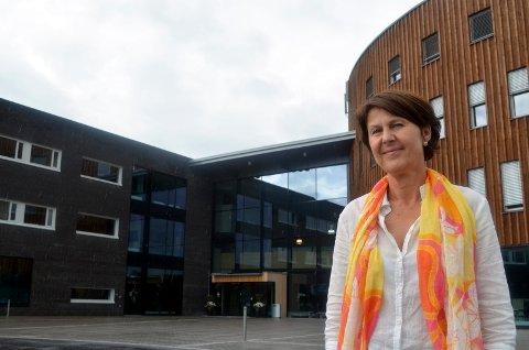 VISEREKTOR: Anna L. Ottosen fortsetter som viserektor ved Høgskolen i Innlandet. (Foto: Bjørn-Frode Løvlund)
