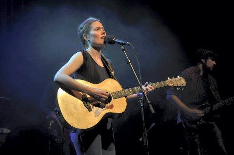 SIGNE MARIE RUSTAD: Musiker med ny plate i 2016.