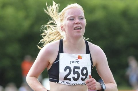 SKADET: Ida Meli Narbuvoll opereres 2. mai. Etter det venter nesten ett år med opptrening før hun kan løpe igjen.