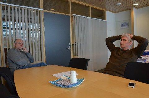 AVVENTER: Ordfører Erik Sletten (t.h) og varaordfører Knut Løken i Trysil mener en omkjøringsveg i Elverum vil være viktig for Trysil-reiselivets framtid.